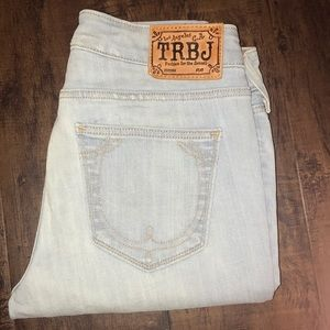 NWOT True Religion distressed light blue jeans